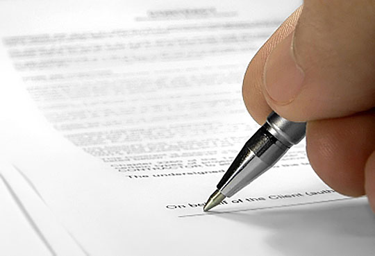 Firma de la póliza del seguro