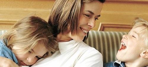ayudas-por-maternidad-2014-2015-seguridad-social-familia-numerosa-familia-monoparental-madre-o-padre-discapacidad-de-más-de-un-65-por-ciento