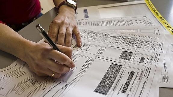 devolucion-la-declaracion-renta-2016-irpf-2015-solicitar-consultar-estado-sistema-verifica