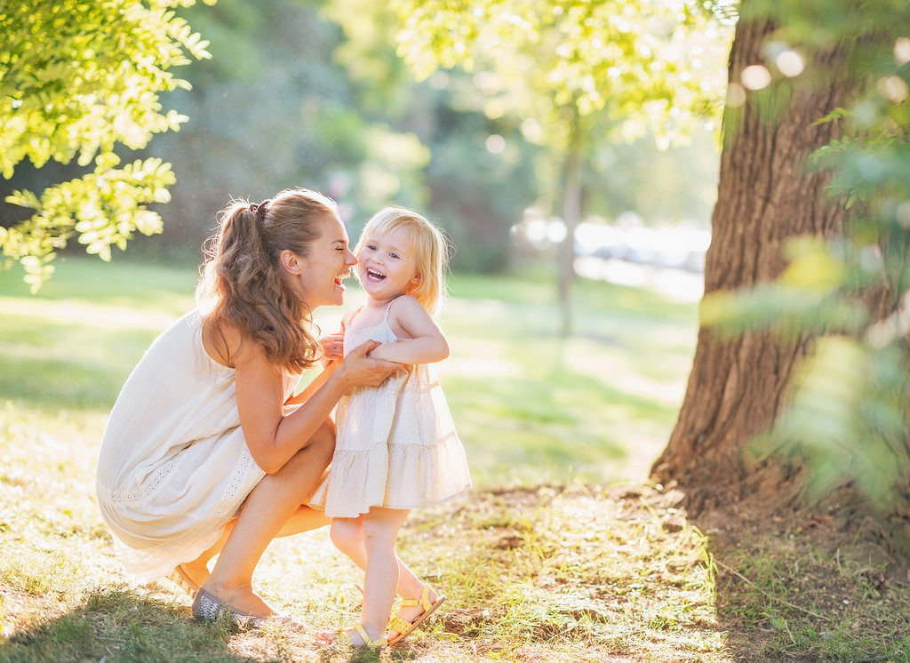 solicitar-ayudas-madres-solteras-prestacion-por-maternidad