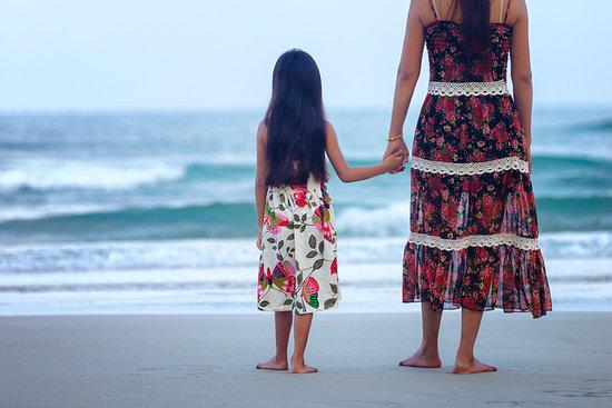 solicitar-ayudas-madres-solteras-prestaciones-por-nacimiento-o-adopcion